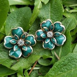 Vintage Layered Lucite Rhinestone Flower Earrings